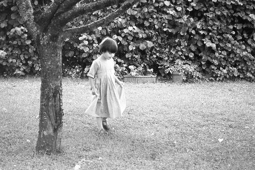 Jeune fille en flou.